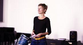Brechtje Roos geeft luisteraars nieuwe kijk op muziek tijdens muziekproeverij