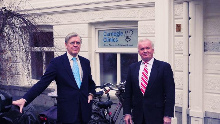KN-artsen dr. H. Leversteijn en H. Spoelstra Carnegie Clinics