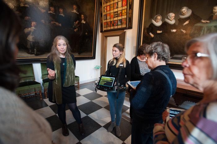 rondleidingen Amsterdam Museum doven en slechthorenden schrijftolk