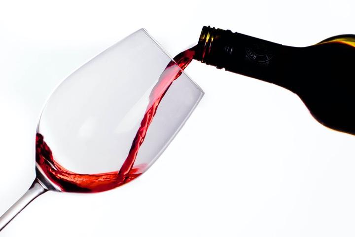 effect alcohol op tinnitus meer last of minder