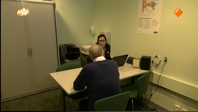 hallo nederland NPO mannen met gehoorproblemen