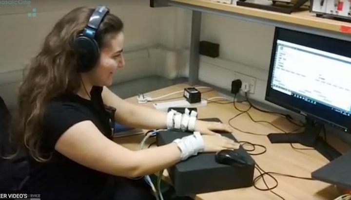 onderzoek naar inzet armband bij cochleair implantaat